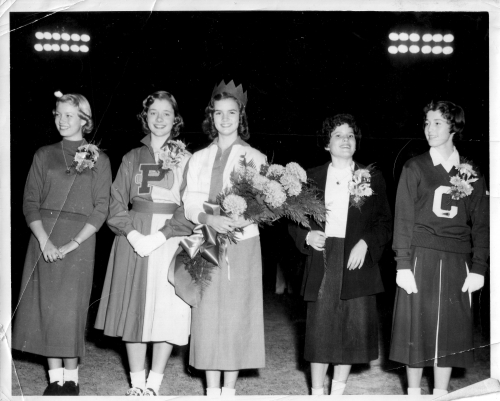 NANCY KISE, CAROLYN CAUDILL, QUEEN OF KIWANIS BOWL 1953-IRIS HART, MISSY RUSSELL, AND JUDY DIXON.